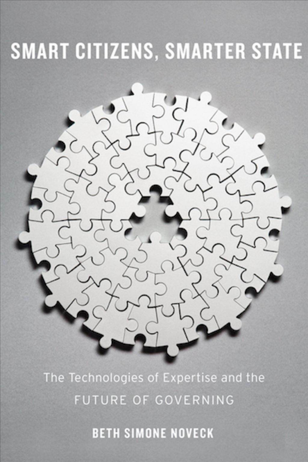 Book cover: Smart Citizens, Smarter State